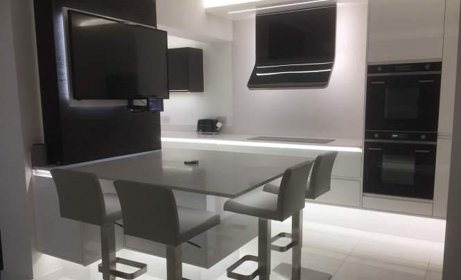 Kitchen Stori Strada Gloss White & Graphite Kitchen by Yate Kitchen Company