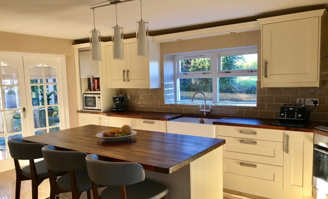 Make Madison Ivory Kitchen for Mrs & Mrs Causland of Belfast