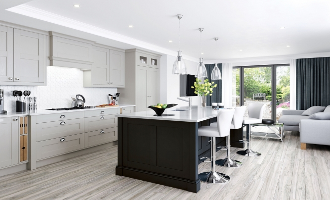 Classic Modern Madison Shaker Kitchen in Cashmere & Graphite