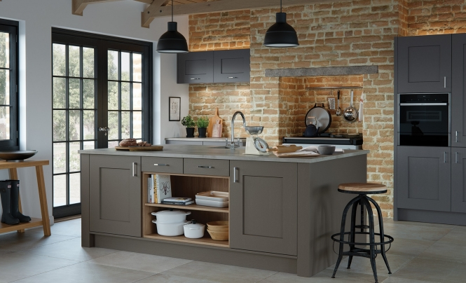Classic Traditional Clonmel Shaker Range in Painted Lava & Graphite