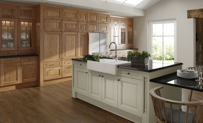 Traditional Jefferson Oak & Painted Ivory Kitchen