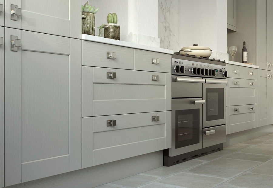 Kensington Shaker Kitchen Featuring Wide Drawers in Mussel