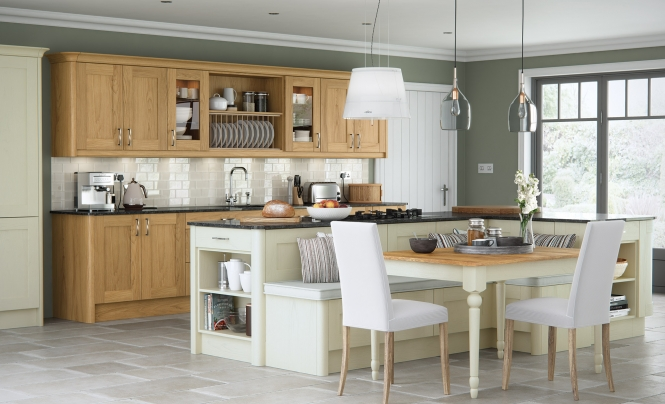 Contemporary Classic Madison Oak Kitchen With Painted Ivory