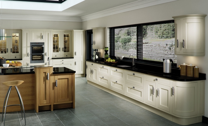Modern Iona Inframe Kitchen in Light Oak & Painted White Cotton