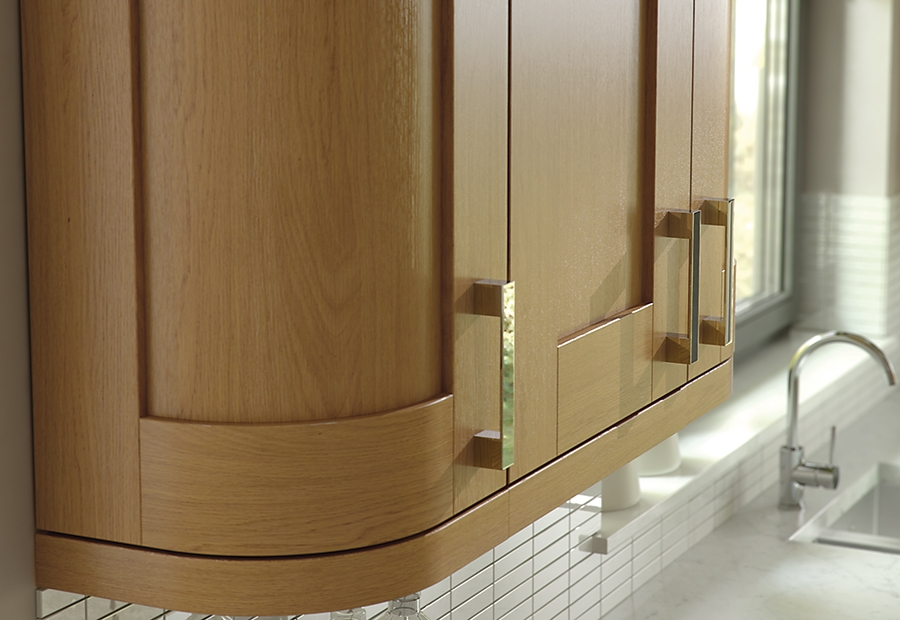 Modern Windsor Shaker Oak Kitchen Featuring Curved Doors