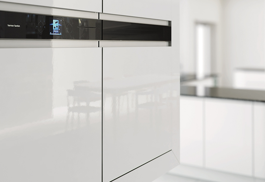 Modern Contemporary Strada Gloss White Kitchen With Integrated Wall Appliances