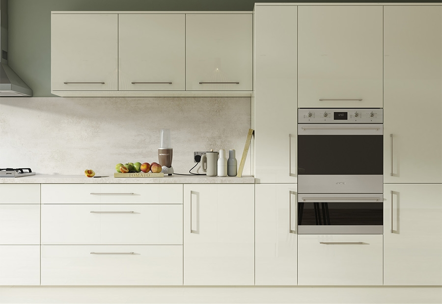 Contemporary Zola Gloss Kitchen in Porcelain Featuring Integrated Appliances