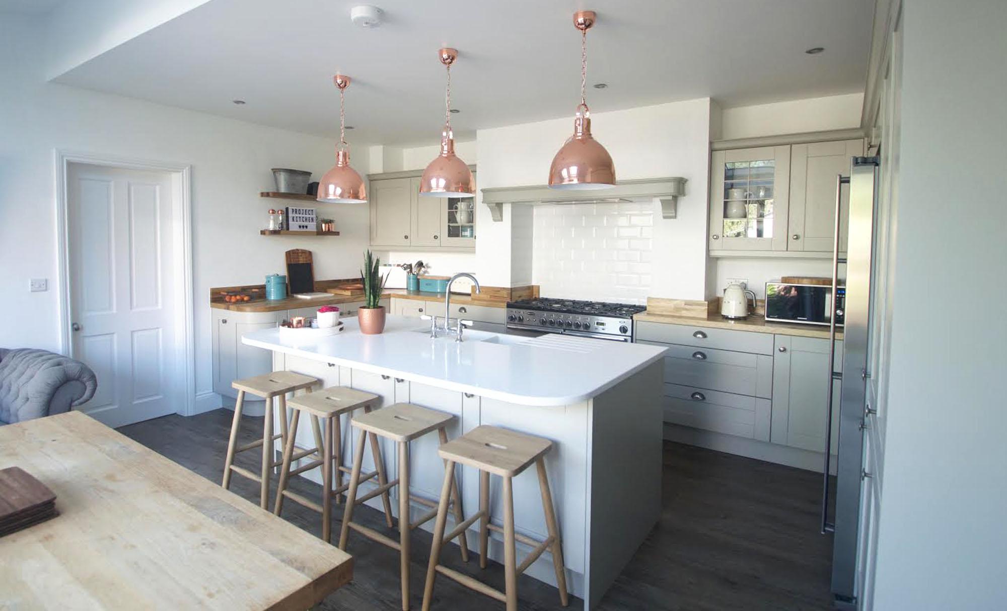 kitchen-stori-madison-painted-stone-bar-stool