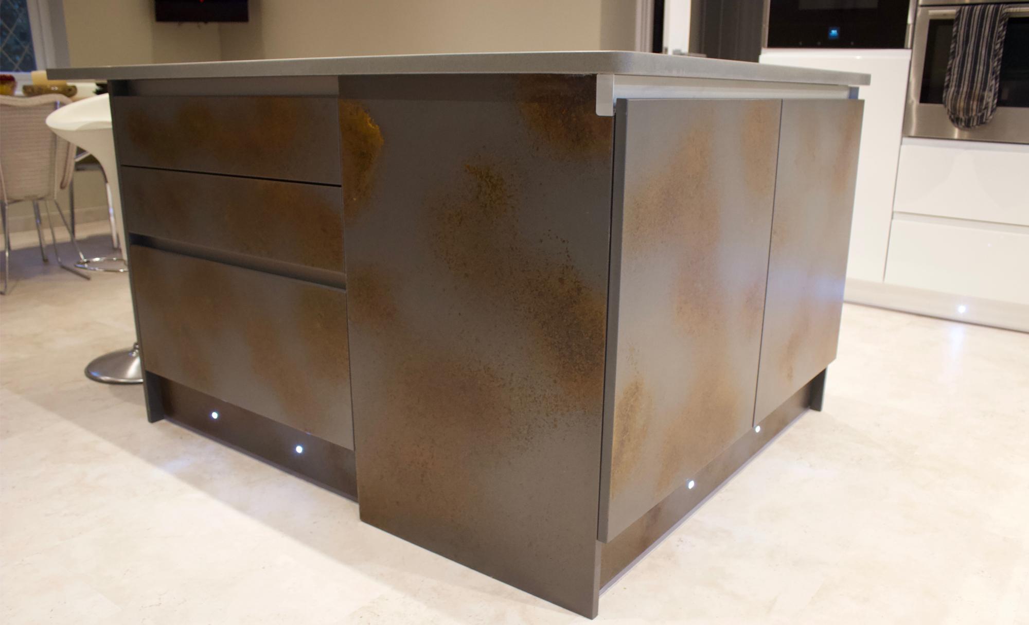kitchen-stori-ferro-strada-gloss-side