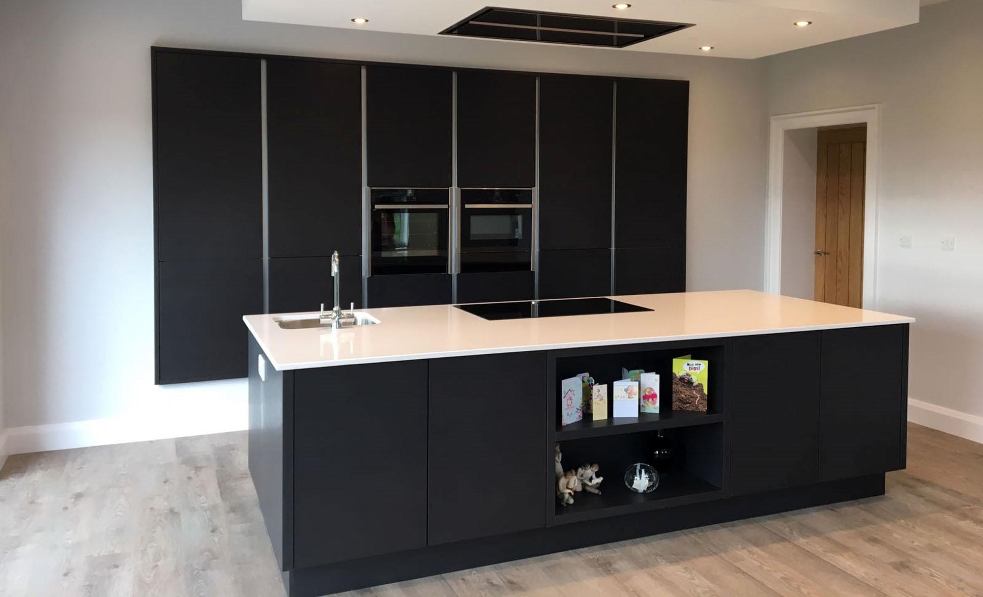 tavola-hacienda-black-coleraine-modern-kitchen-stori