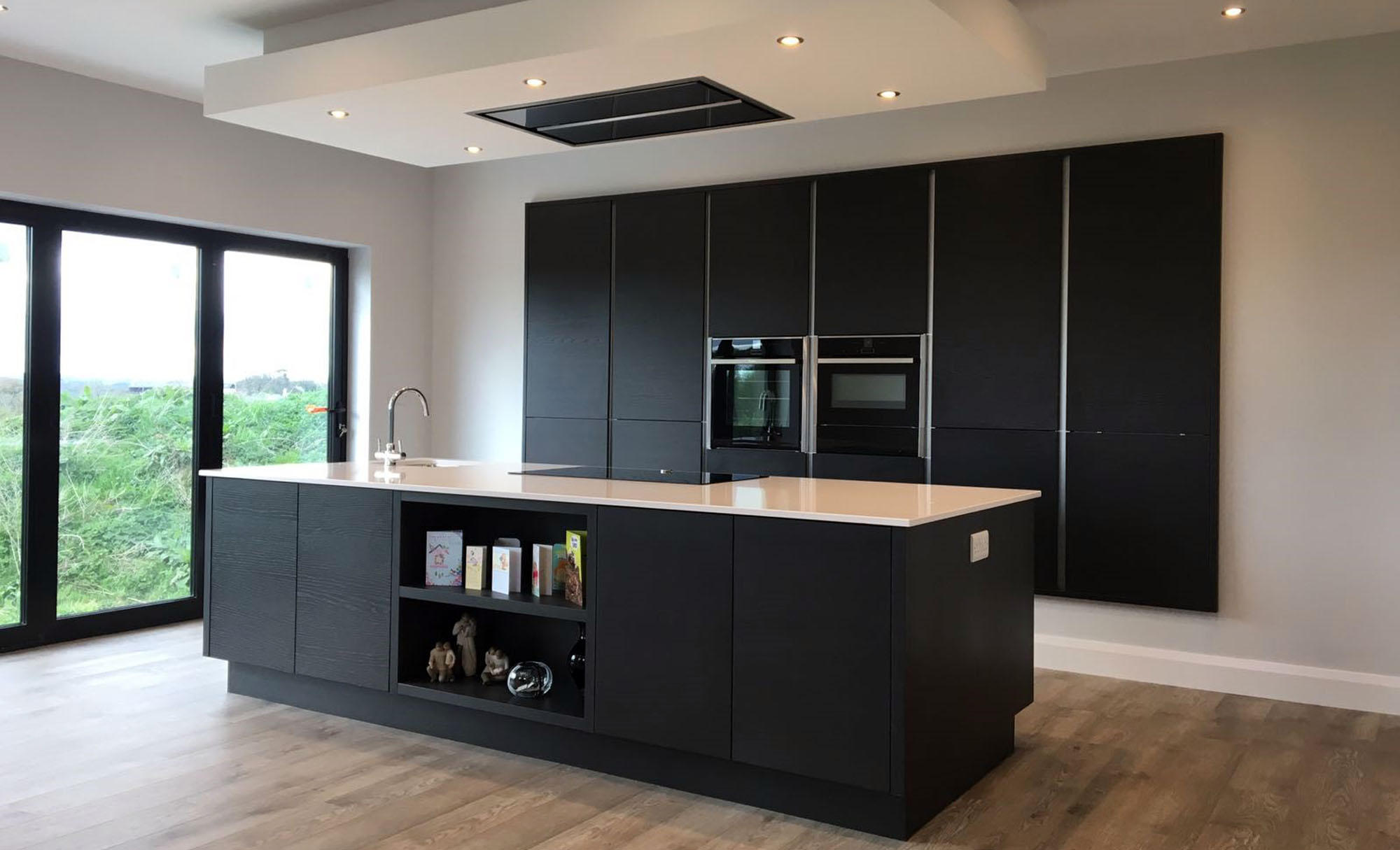 kitchen-stori-tavola-hacienda-black-coleraine-contemporary