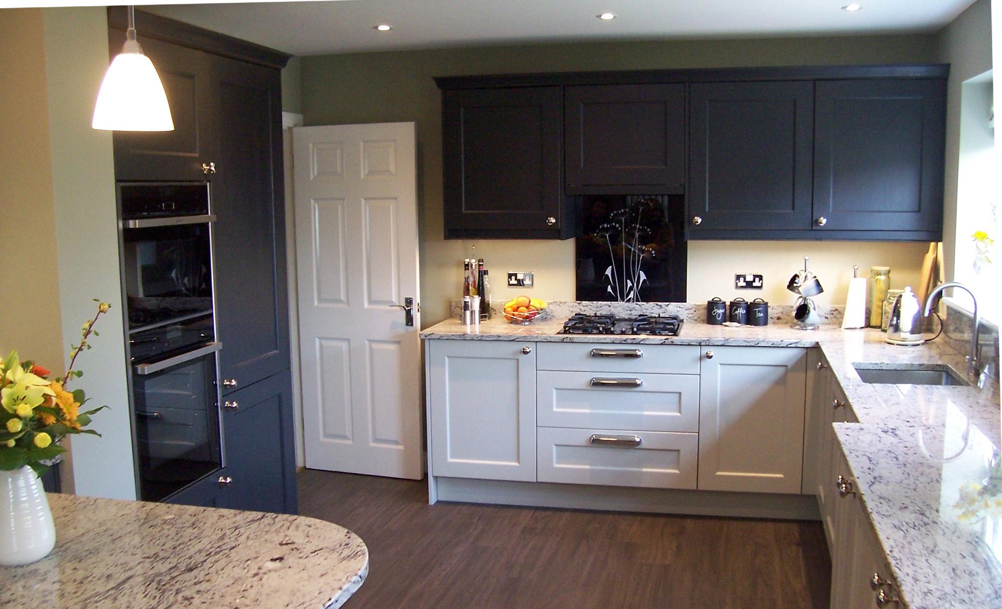 wakefield-painted-mussel-graphite-side-shot-kitchen-stori