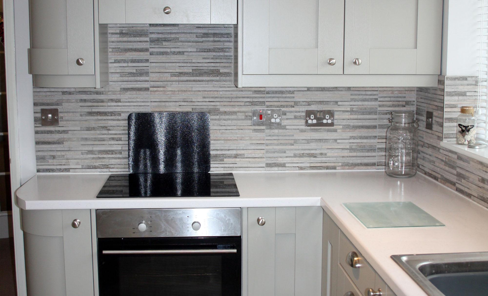 kitchen-stori-windsor-shaker-stove