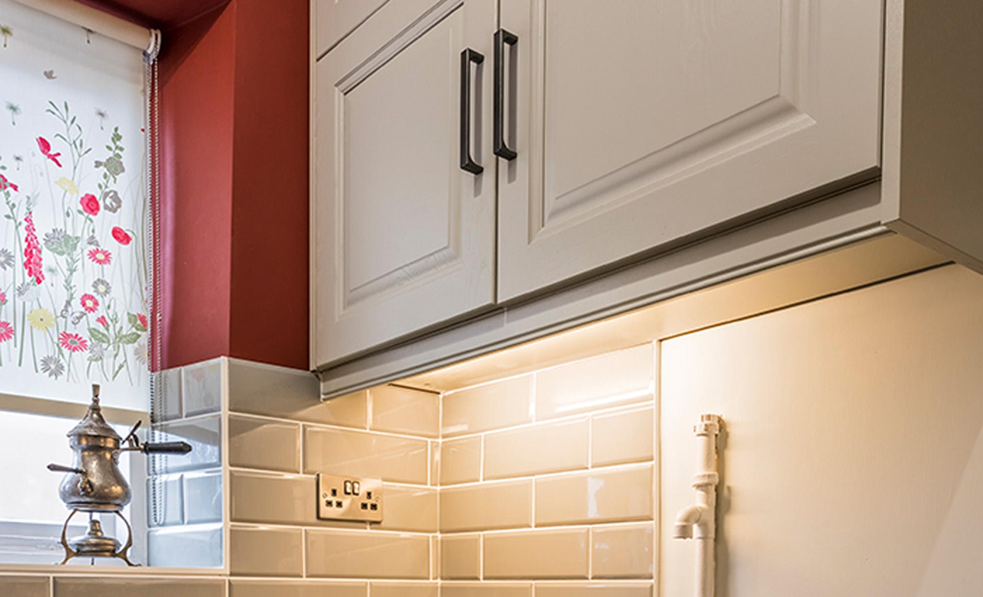 kitchen-stori-jefferson-painted-mussel-low