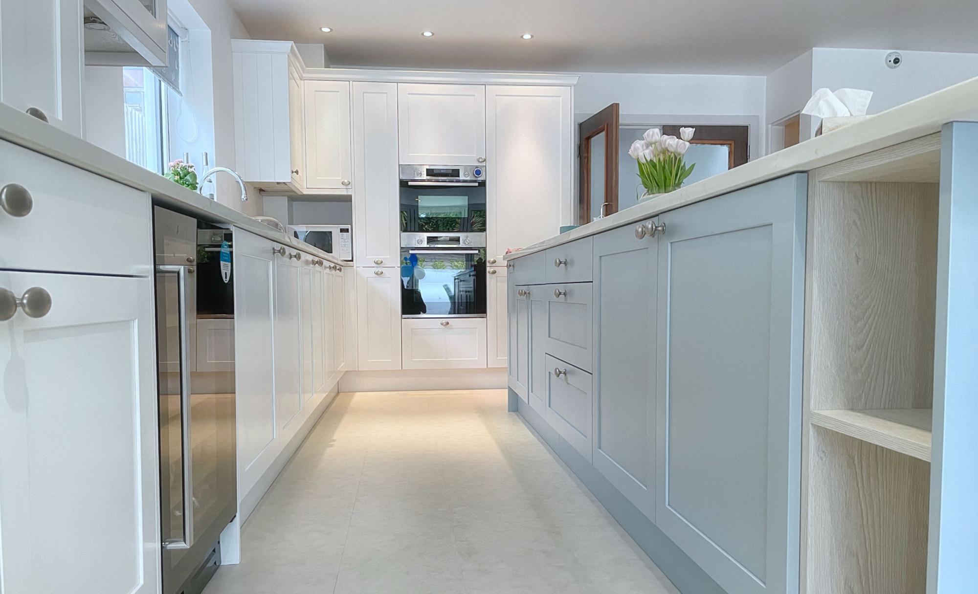 Kitchen Stori Aldana Pantry Blue and Brilliant White Kitchen Flooring