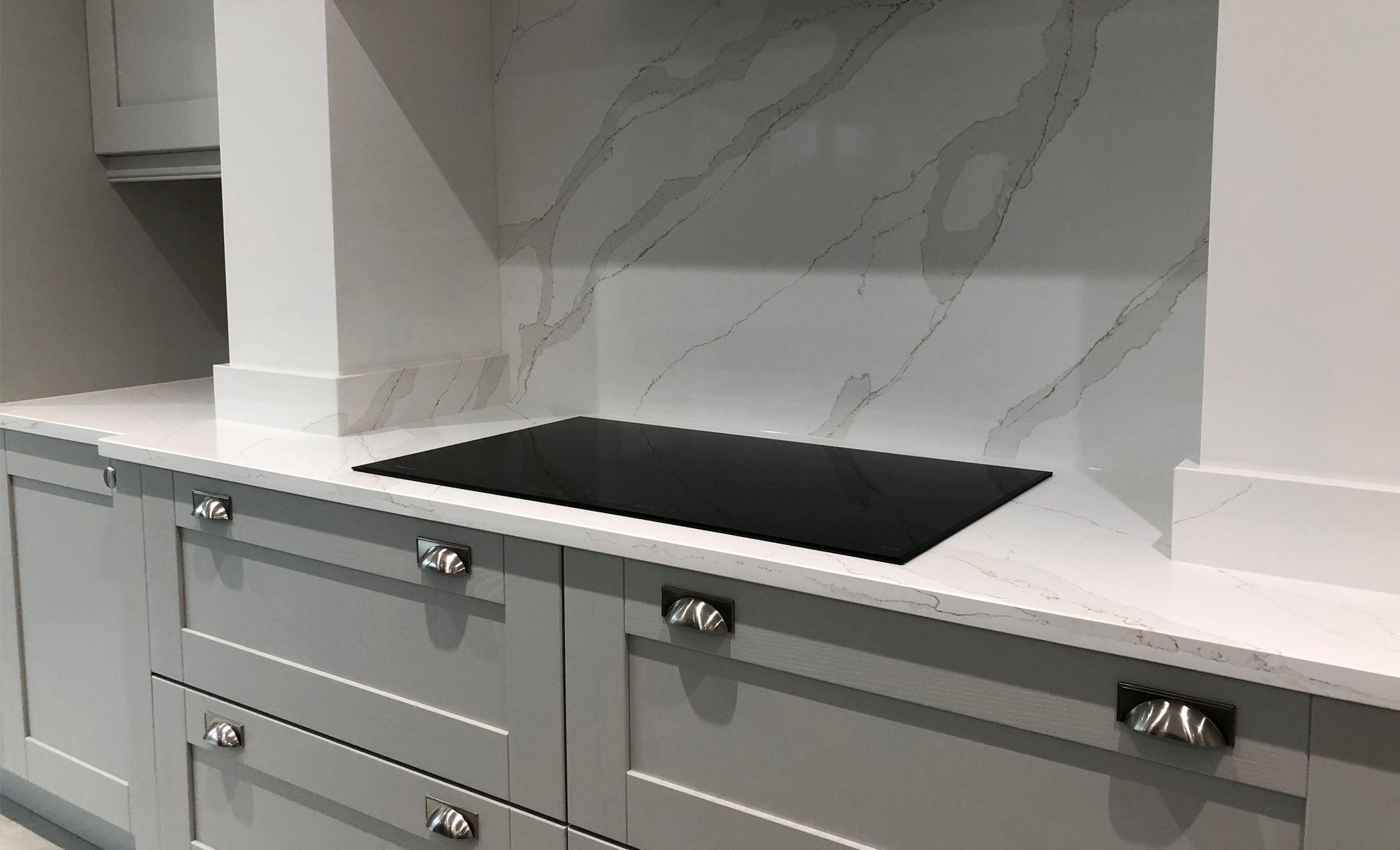 Heart of the Home Interiors Madison Light Grey & Graphite Kitchen Hob