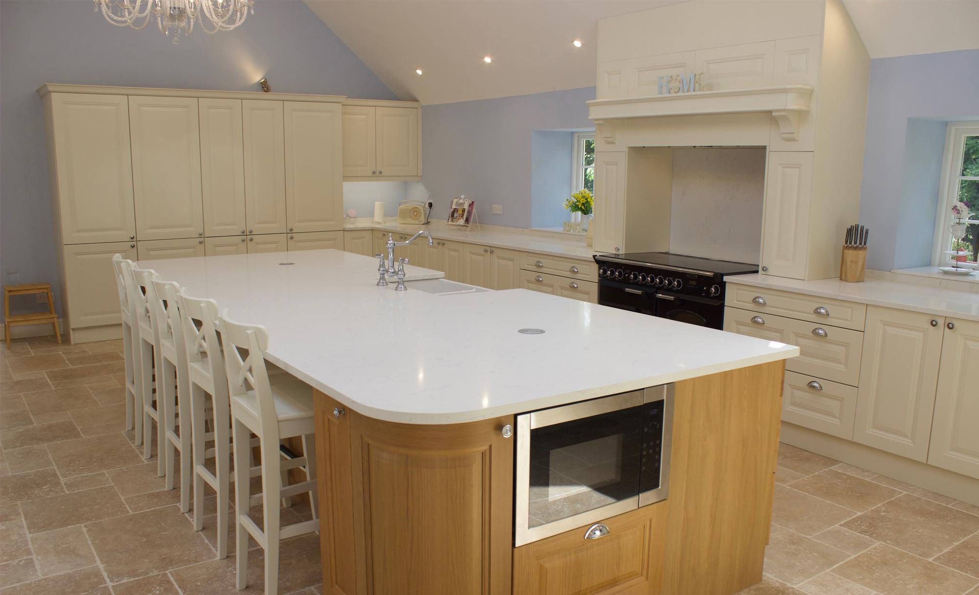 Huntersbrook Jefferson Oak & Ivory Kitchen for Mr & Mrs Hamill of Harlow