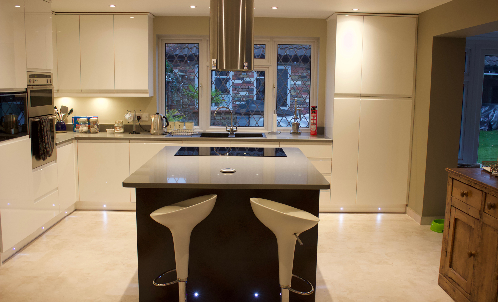 Huntersbrook Strada Gloss White & Ferro Kitchen for Mr & Mrs Wise Epping of Essex