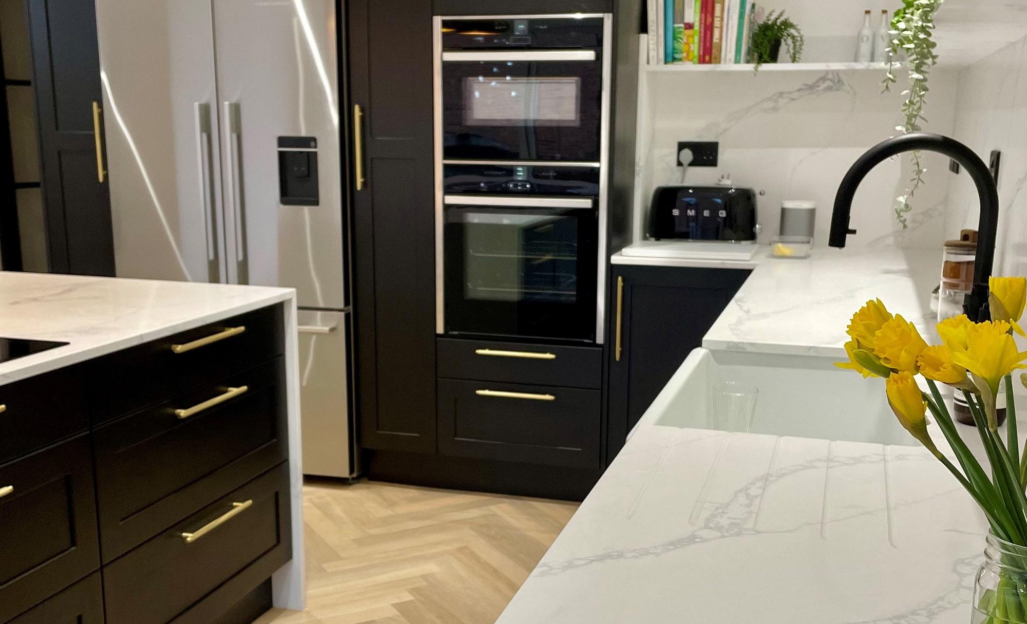 Kitchen Ergonomics Aldana Black Carbon Modern Kitchen