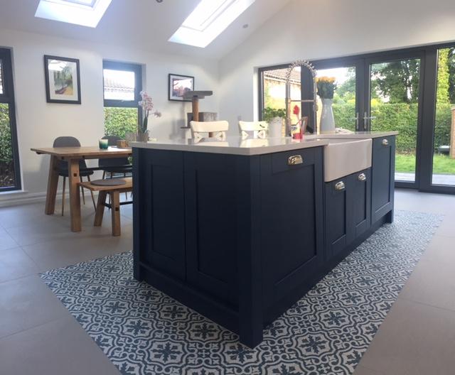 Kitchen Stori Wakefield island in painted Parisian Blue