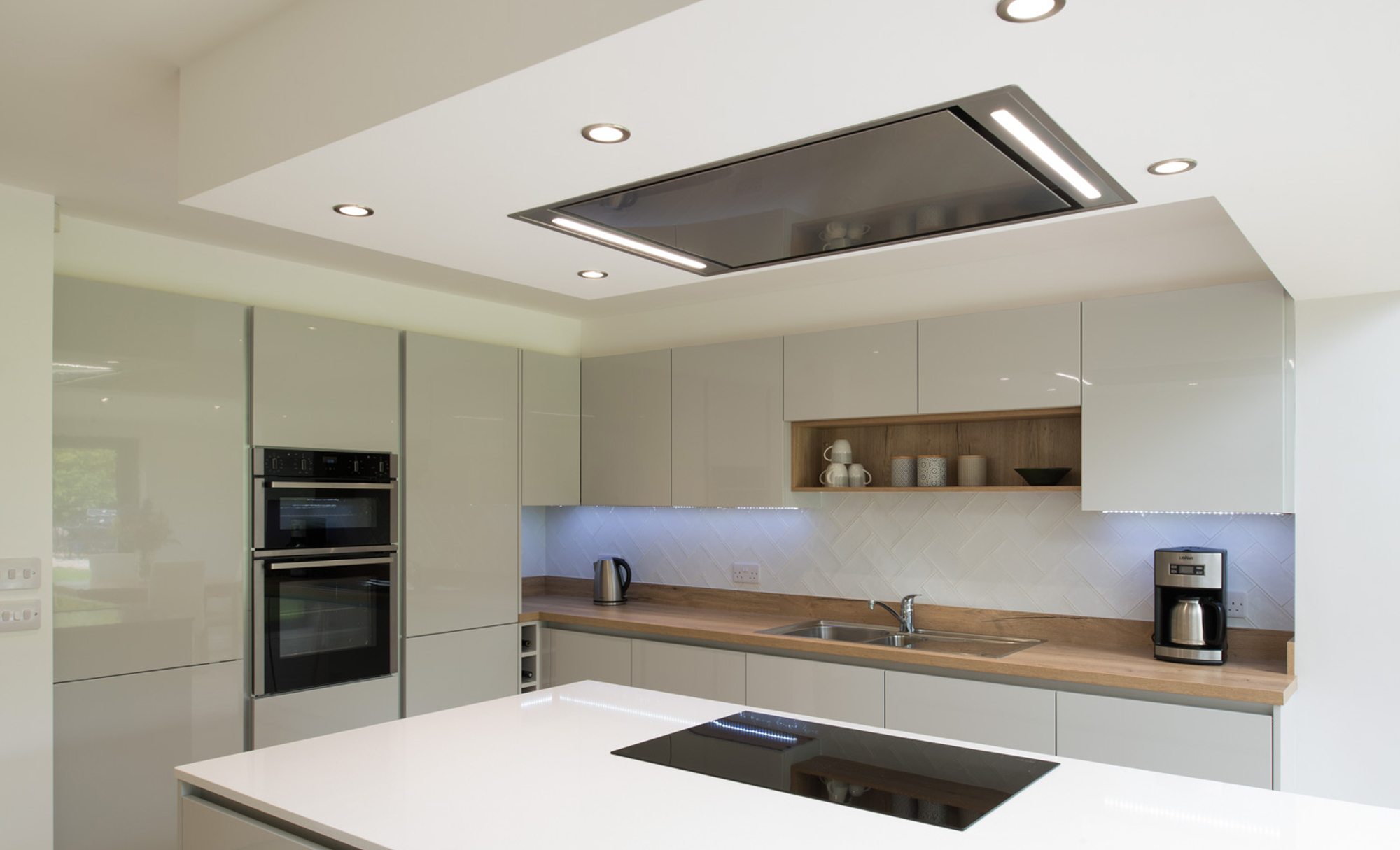 Kitchen Stori Zola Gloss Light Grey Kitchen by Maelstrom for a home in Lancaster Hob