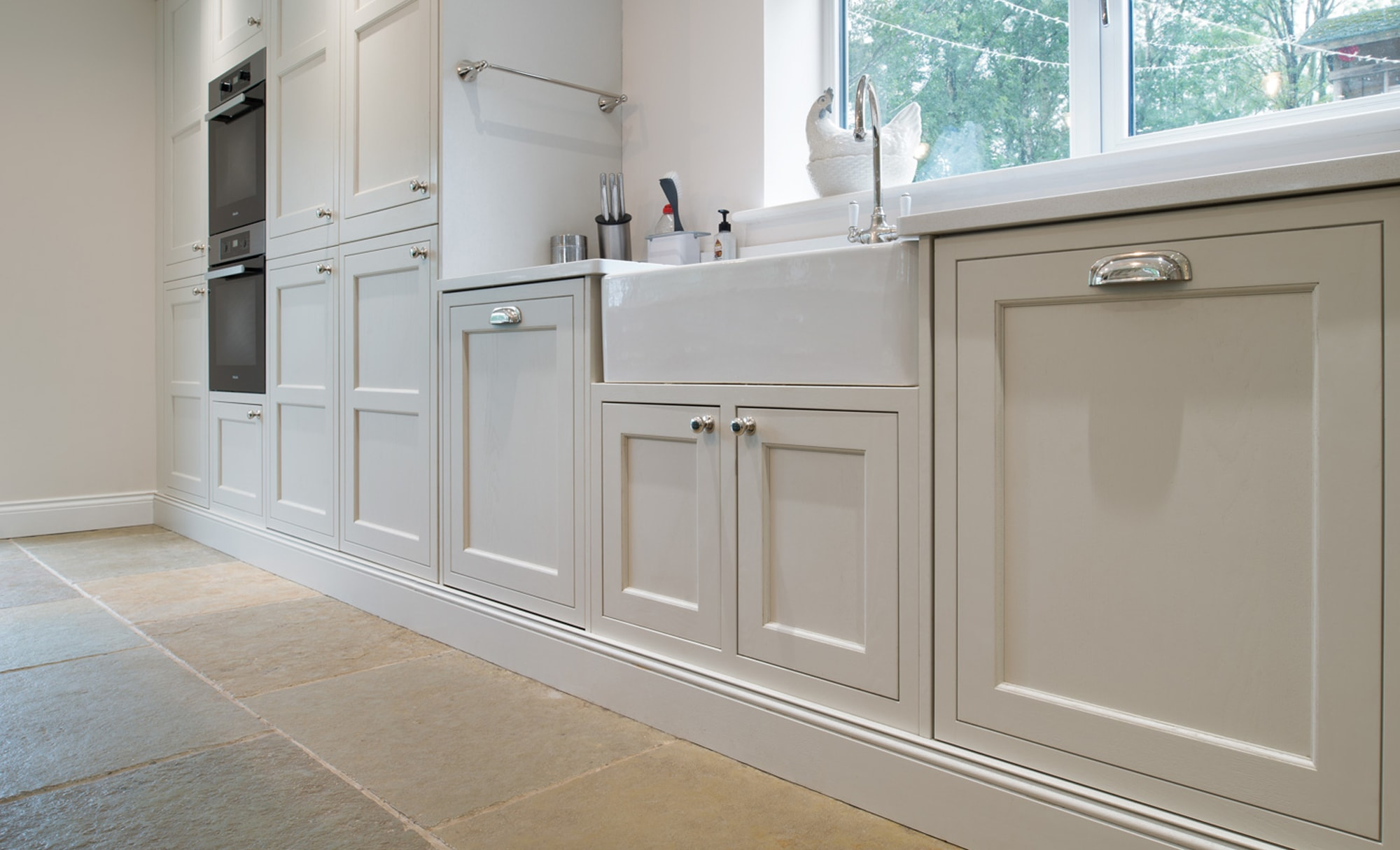 Maelstrom Belgravia Shell & Deep Forest Kitchen Floor