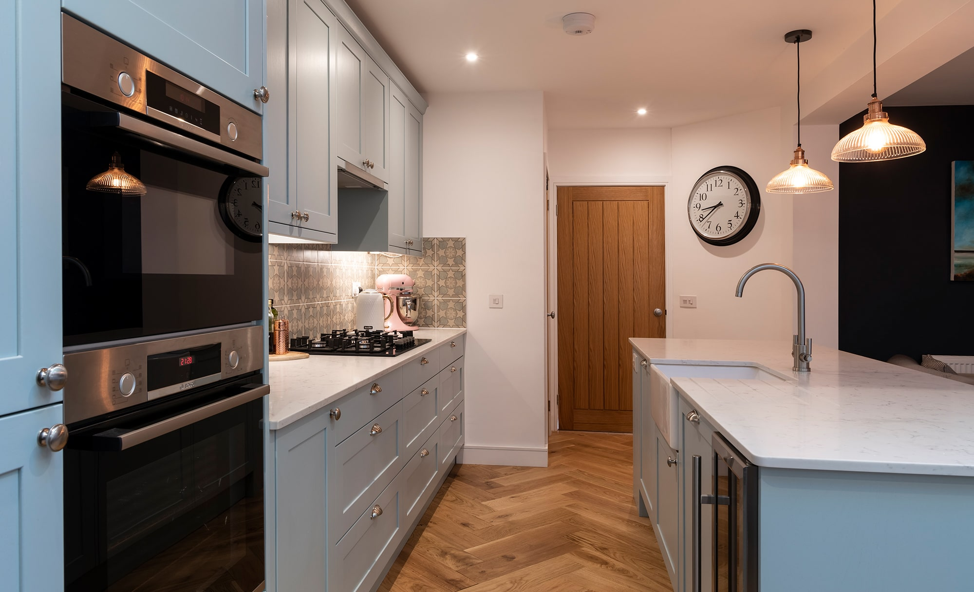 Aldana Shaker Kitchen for a home in Portishead by Portishead Kitchens sink area