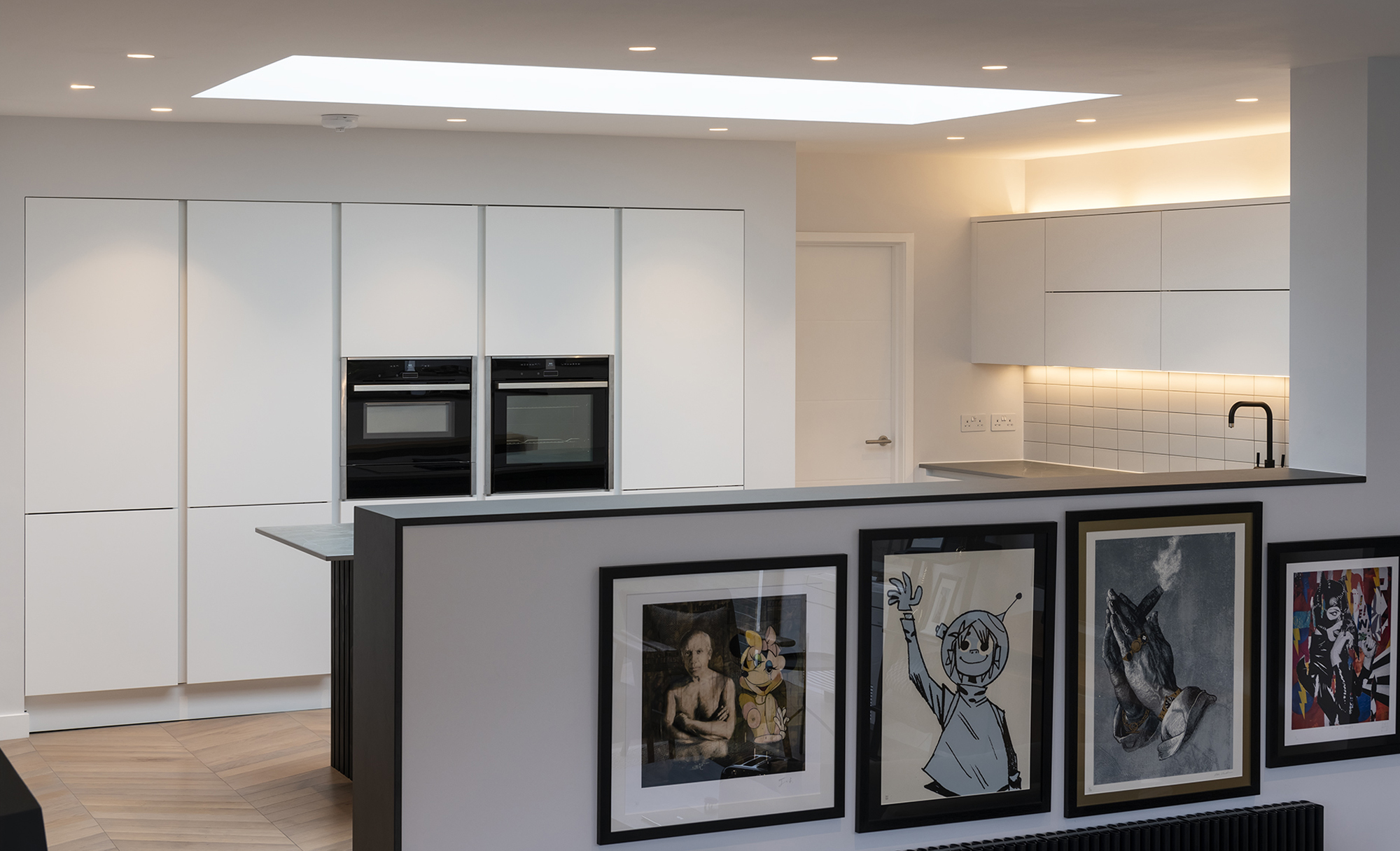 Portishead Zola Matte Almost Black & White Kitchen for a home in North Somerset 2