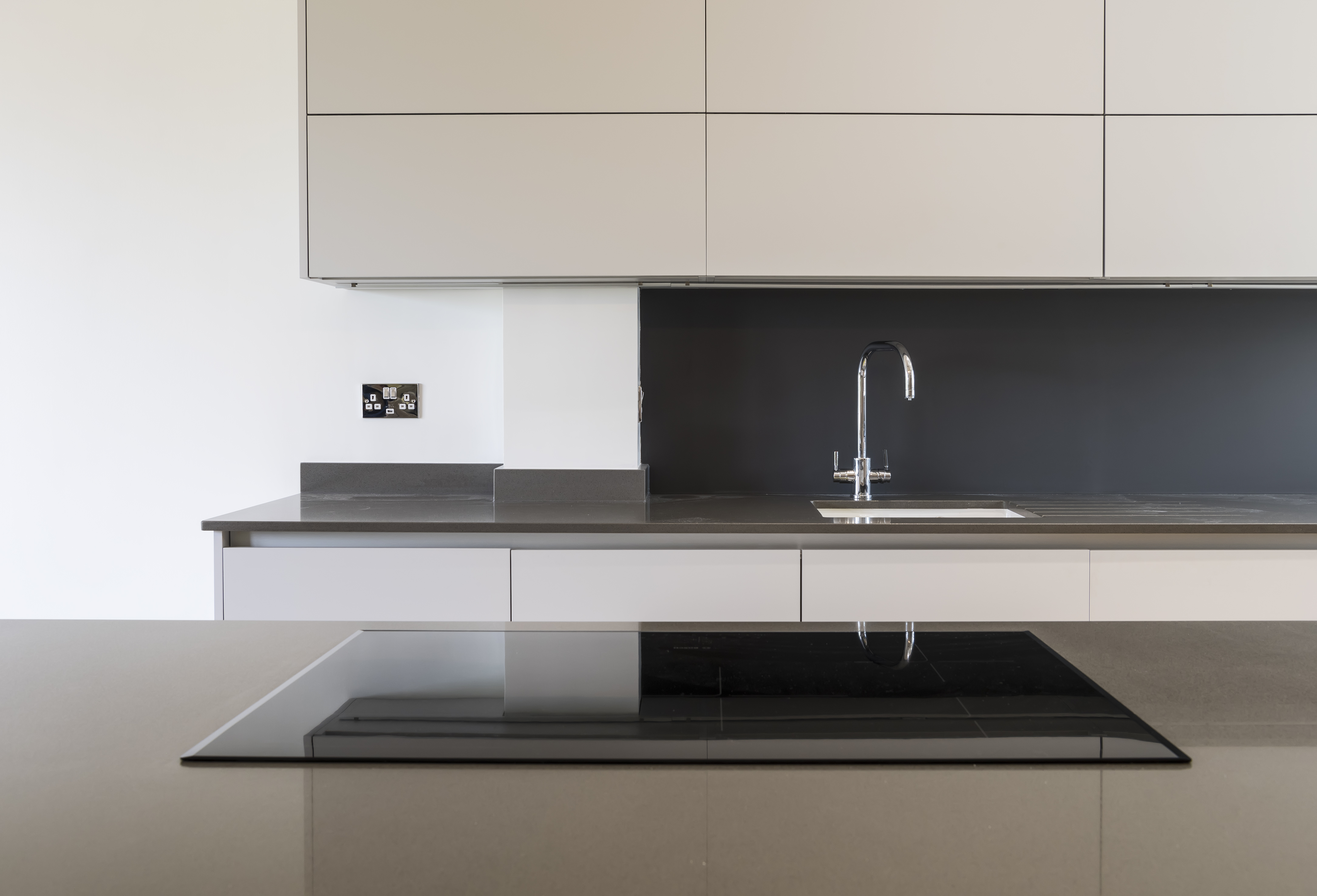 Portishead Zola Matte Light Grey Kitchen Hob