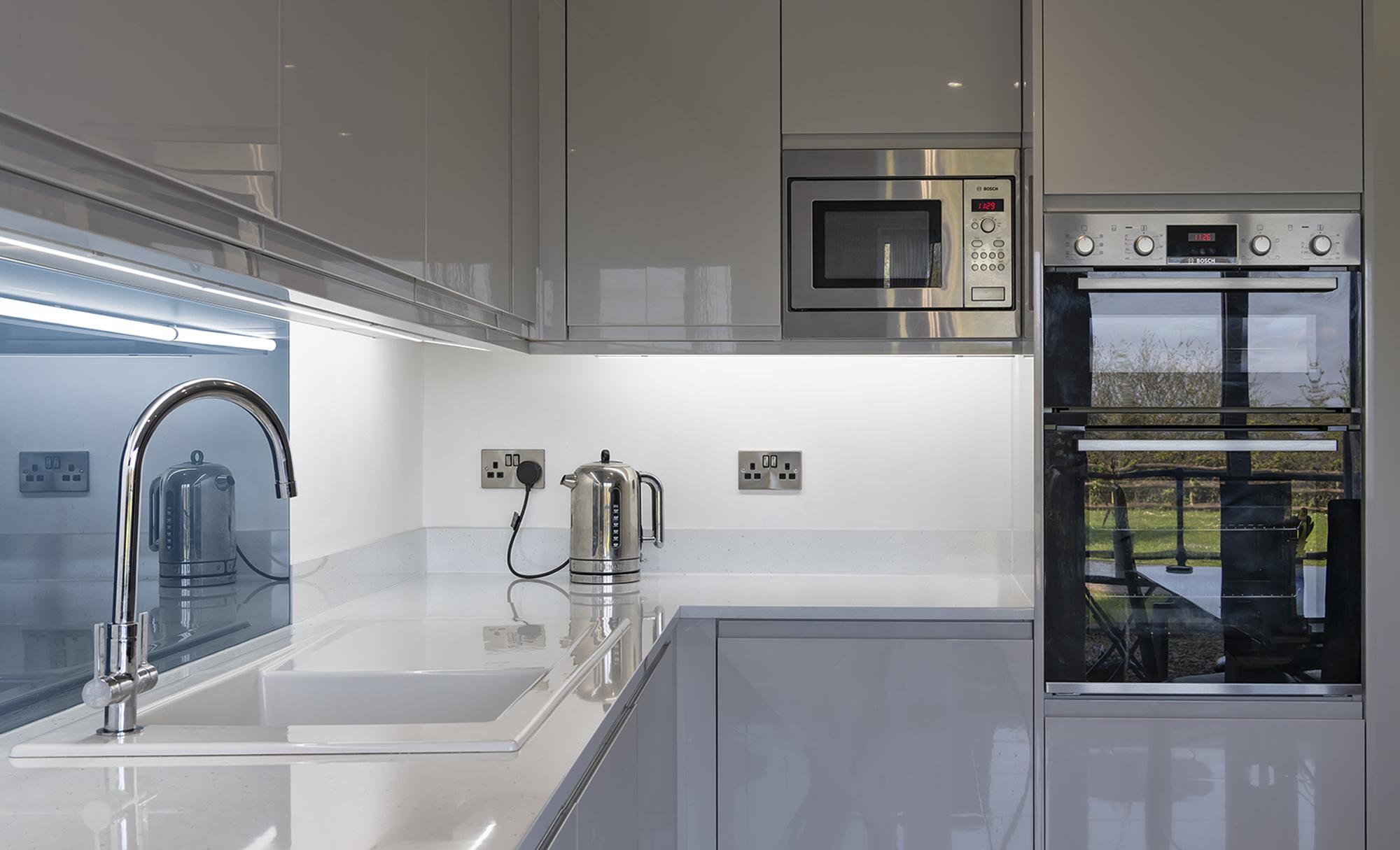 Portishead Strada Gloss Light Grey Kitchen for Mr & Mrs Whitaker in Village Quarter, Portishead
