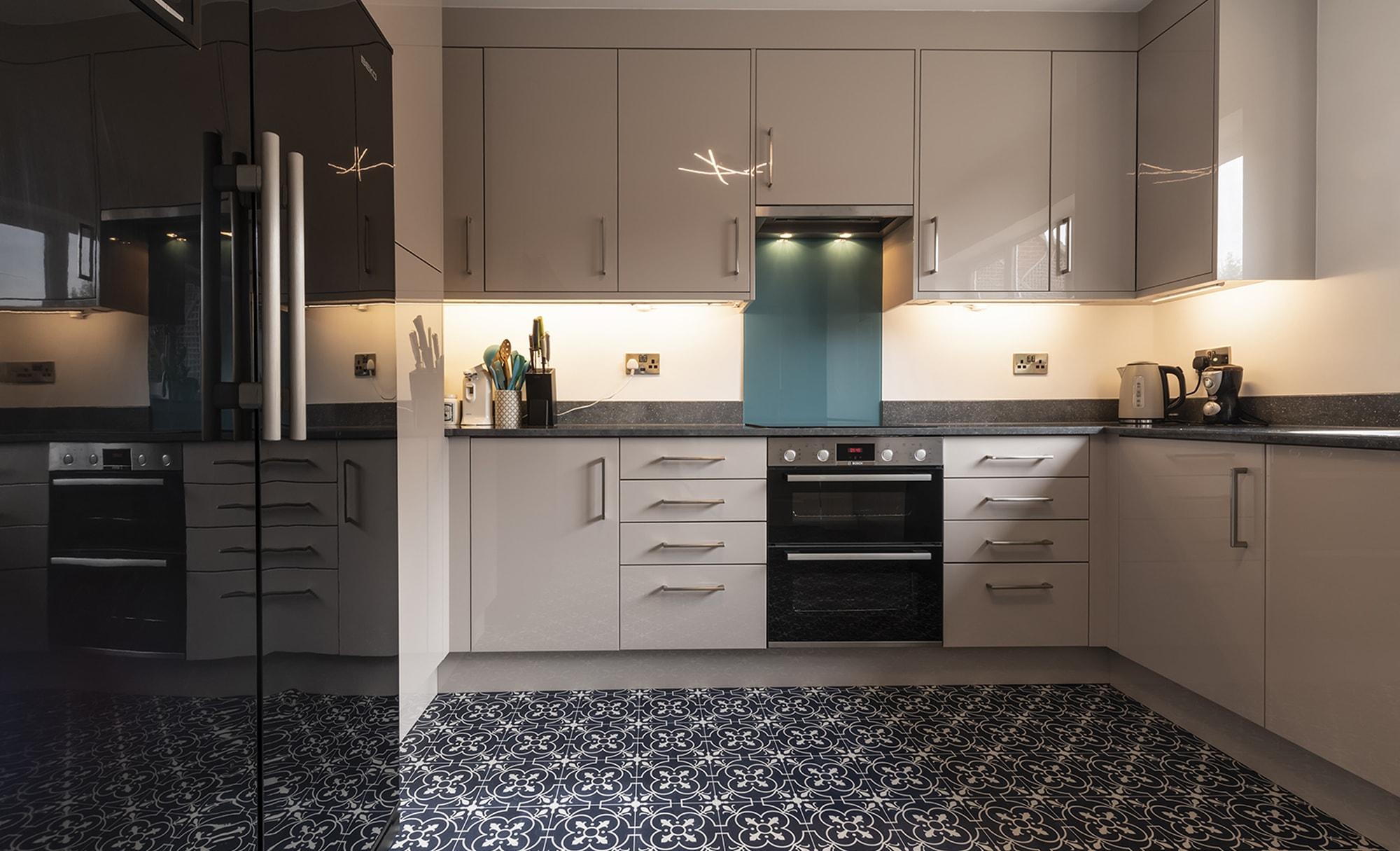 Portishead Zola Gloss Cashmere kitchen for Mr & Mrs Whitaker in Village Quarter, Portishead.
