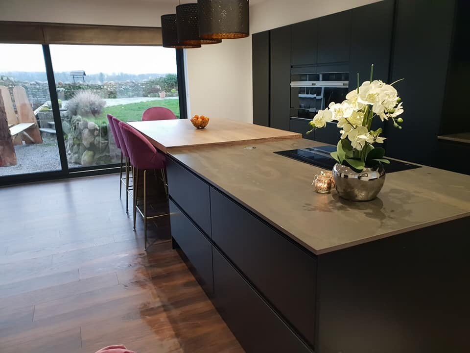 strada-matte-black-colour-matched-kitchen-slab