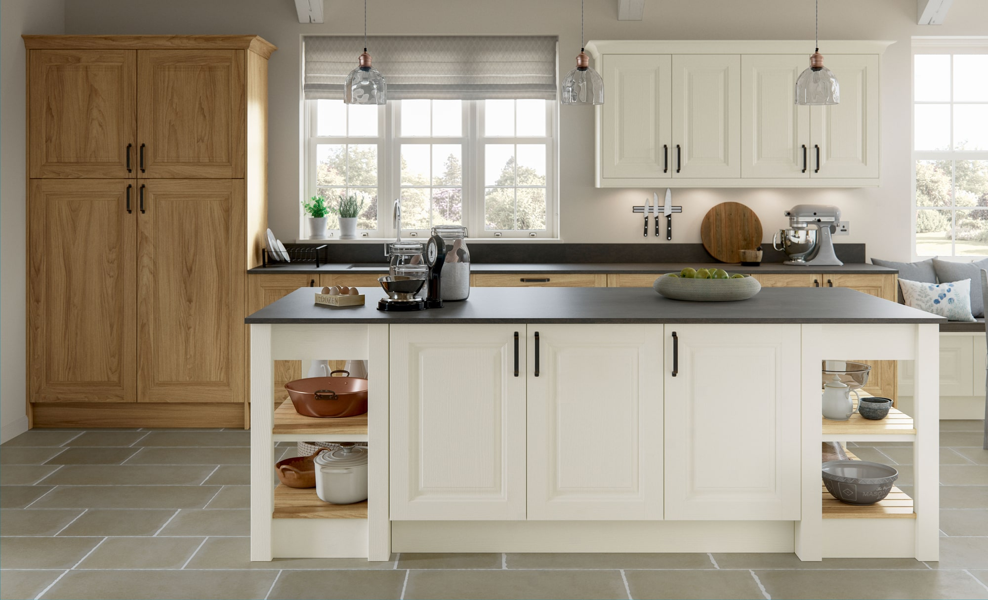 Classic Traditional Jefferson Light Oak & Ivory Kitchen