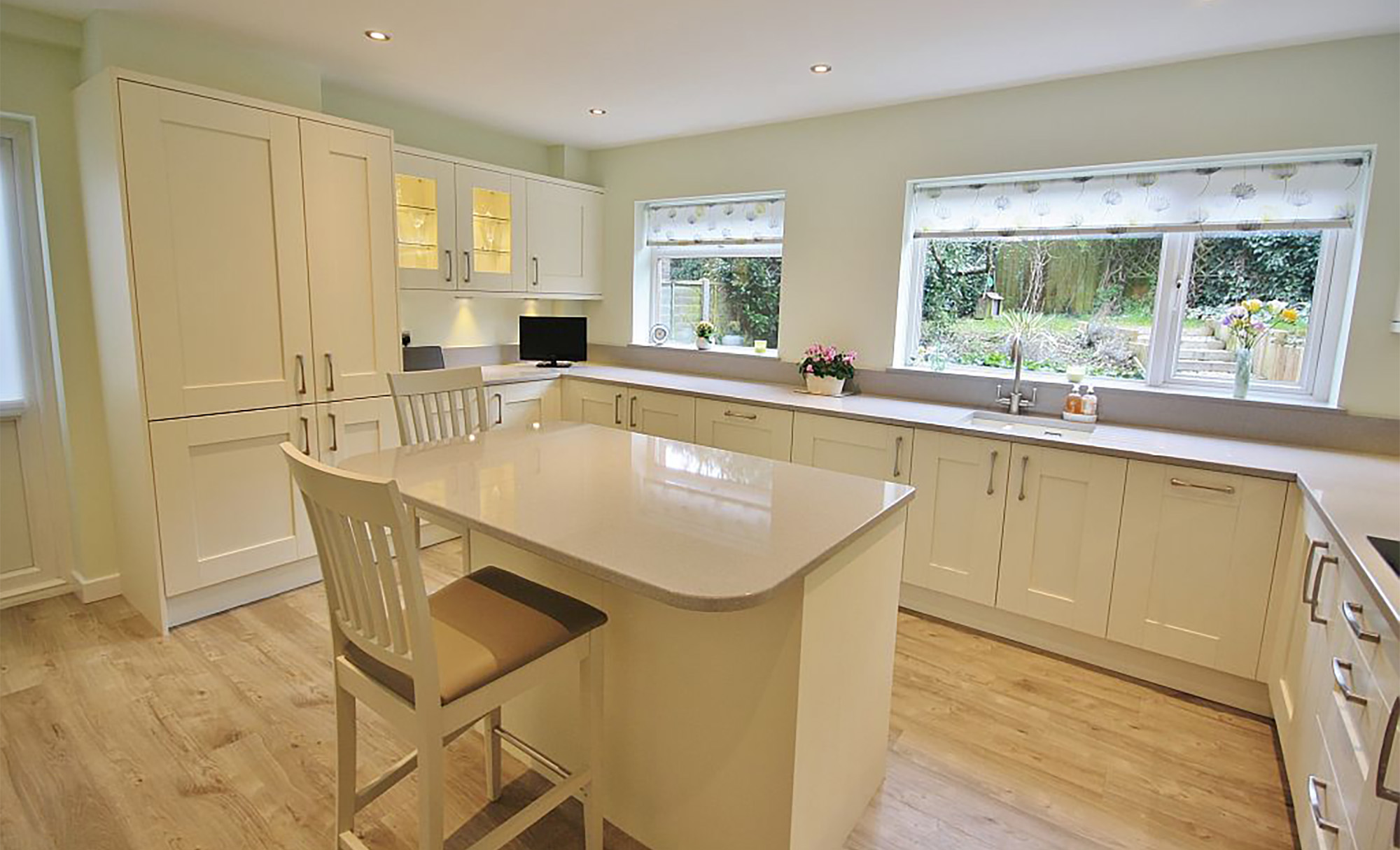 Ivory Shaker Kitchen from Kitchen Stori Windsor Range by KitchenCraft of Essex